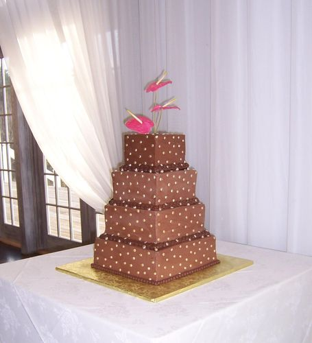 Chocolate and Gold square wedding cake